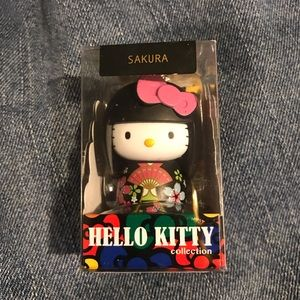 Hello Kitty Japanese Geisha Wooden Doll Keychain